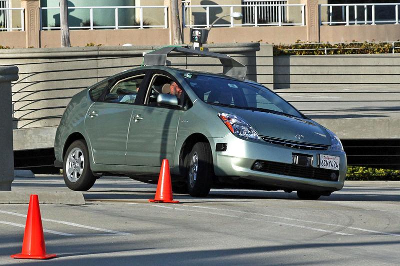 La voiture sans conducteur de Google: un changement de société radical en perspective