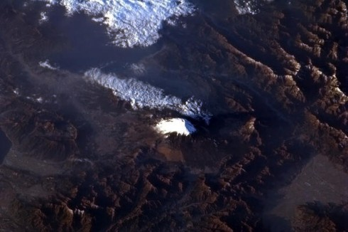 11 Mars 2013 - Le Mont Fuji, Japon.  Photo Chris Hadfield/NASA