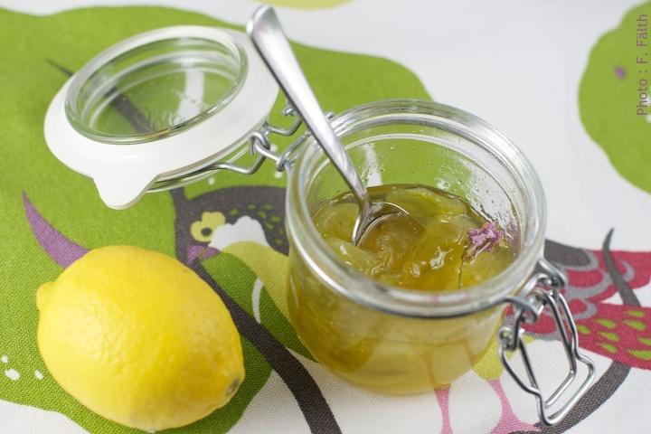 Confiture de tomates vertes au citron et à la lavande