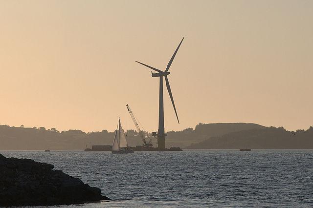 Appel à projets : Eoliennes flottantes – Bretagne – Méditerranée