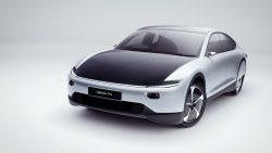 Lightyear One : première voiture à énergie solaire sérieuse