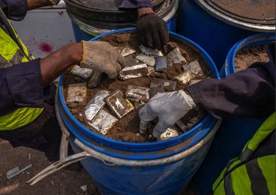 Recyclage des piles et batteries : ça démarre à la source, en Afrique